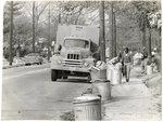 Collecting garbage during sanitation workers strike, Memphis, 1968