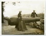Confederate Park cannon, Memphis, 1942